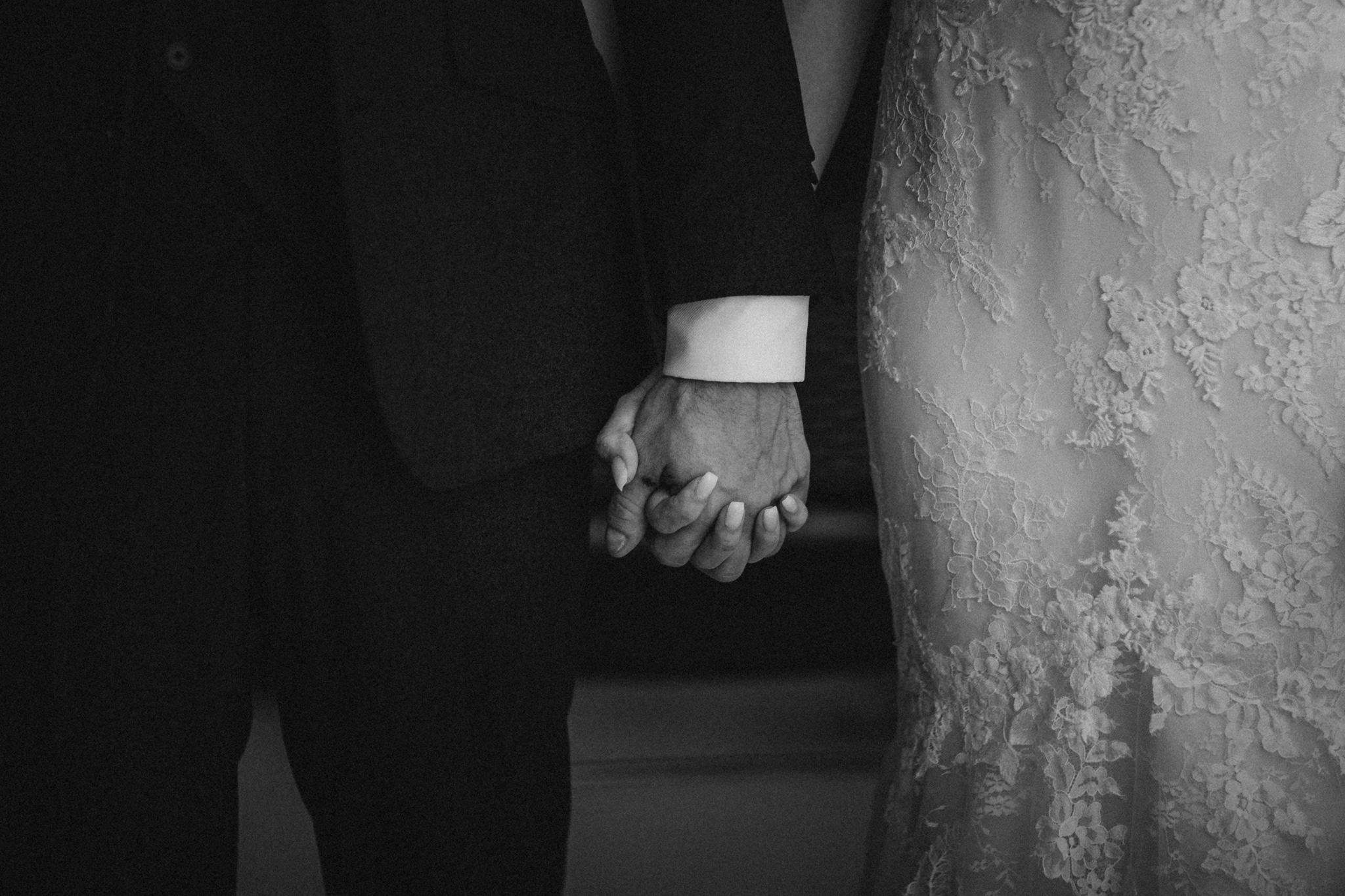mains maries - devis photographe mariage reims