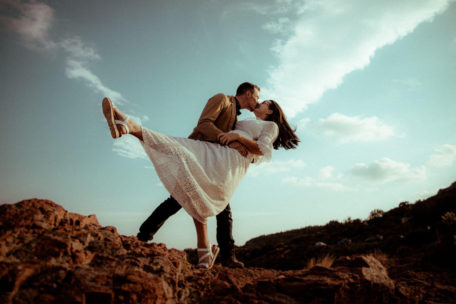 photographie de couple romantique dans les alpes maritimes