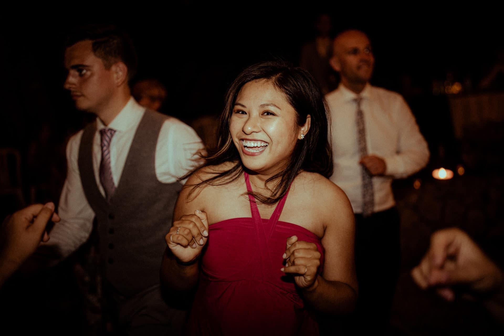 danse des invites de mariage