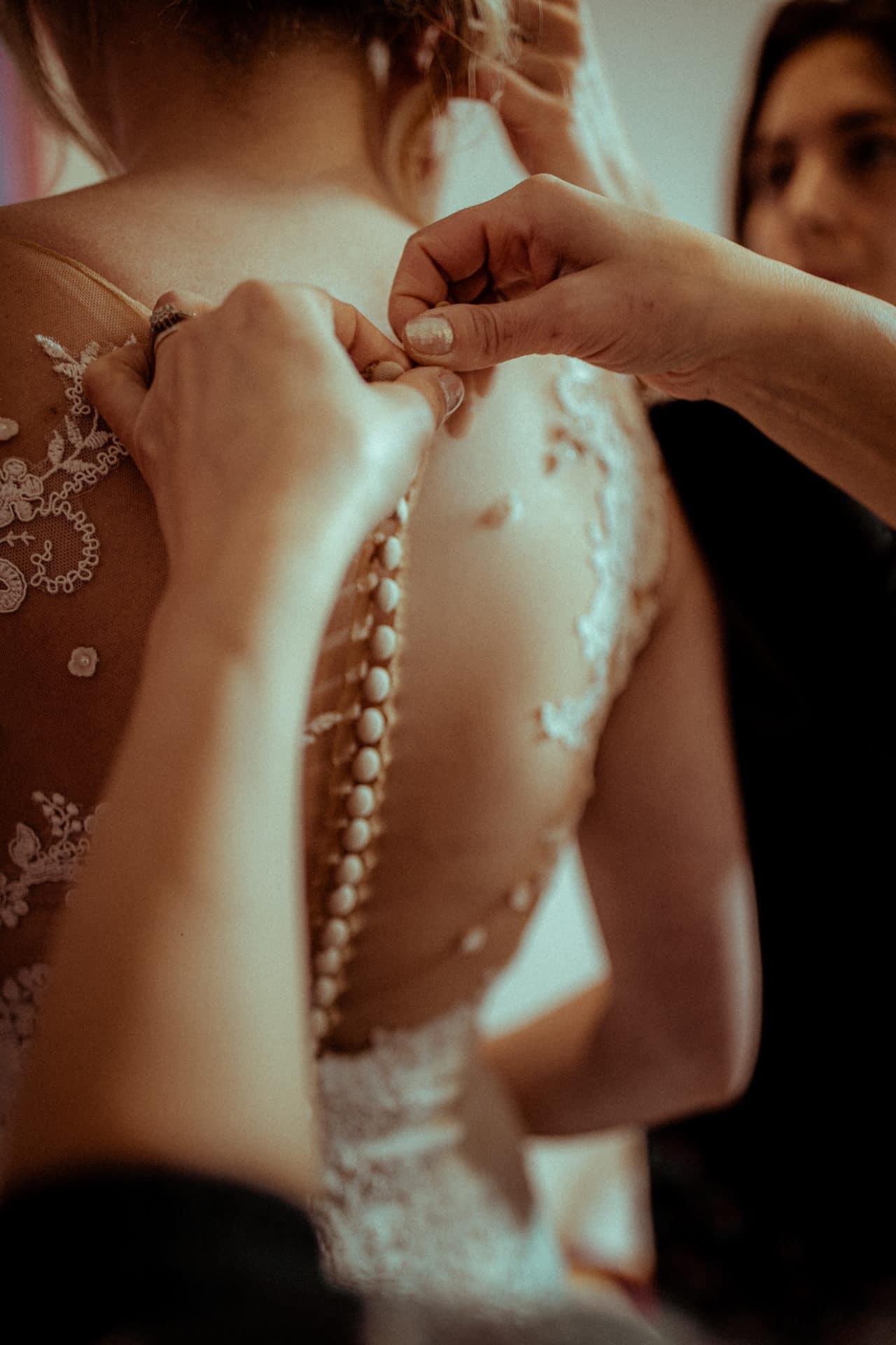 boutons robe de mariee terence baelen