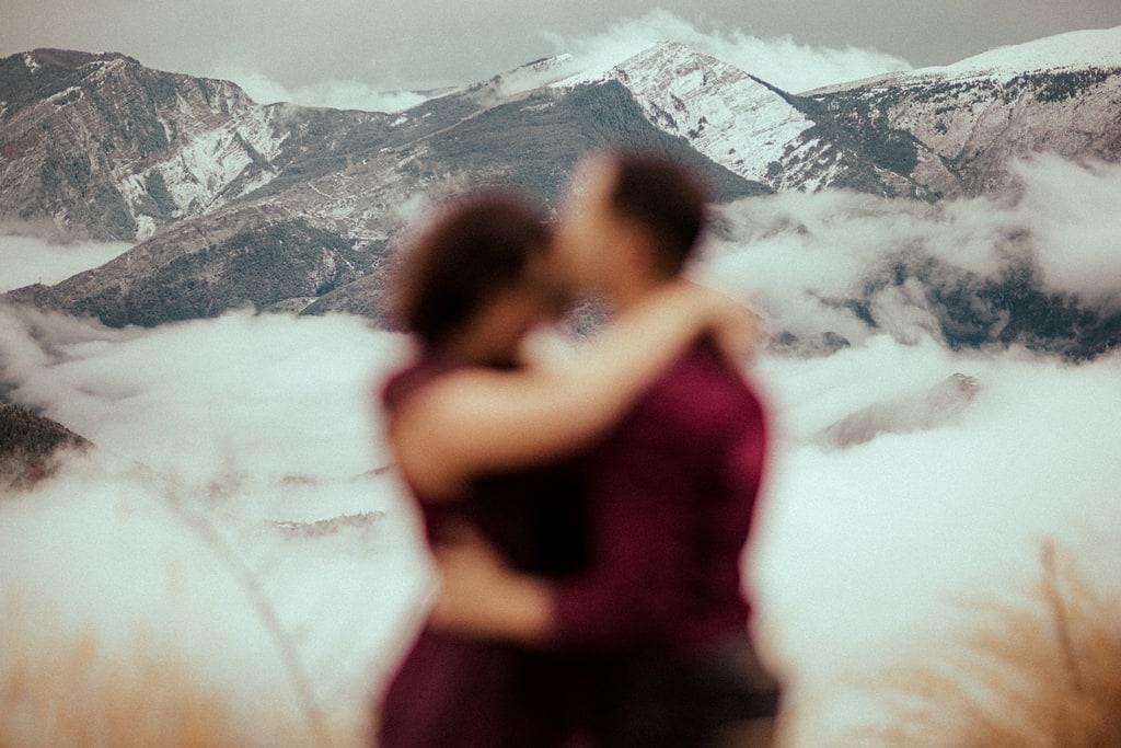 seance photo de couple a la montagne