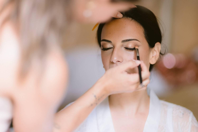 mariage à flassans sur issole en provence maquillage laurie feglioni